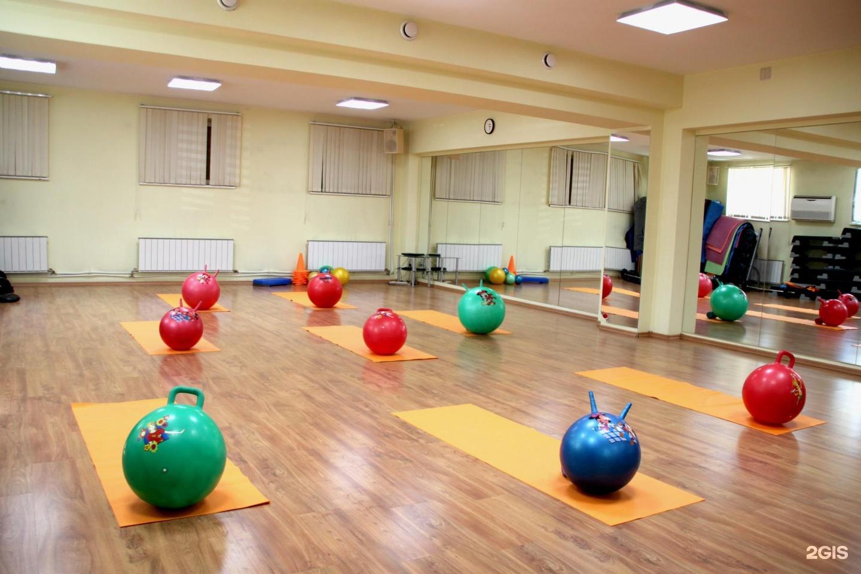 Фитнес-клубы ул братьев кашириных в челябинске — 3 места.