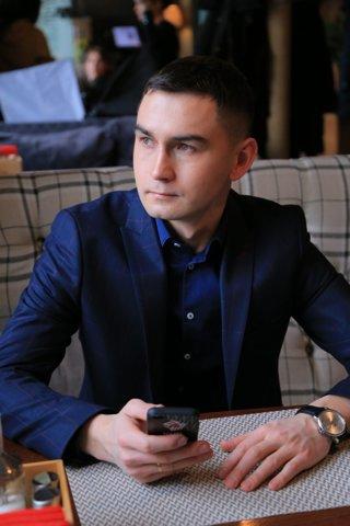 Роман Минаков